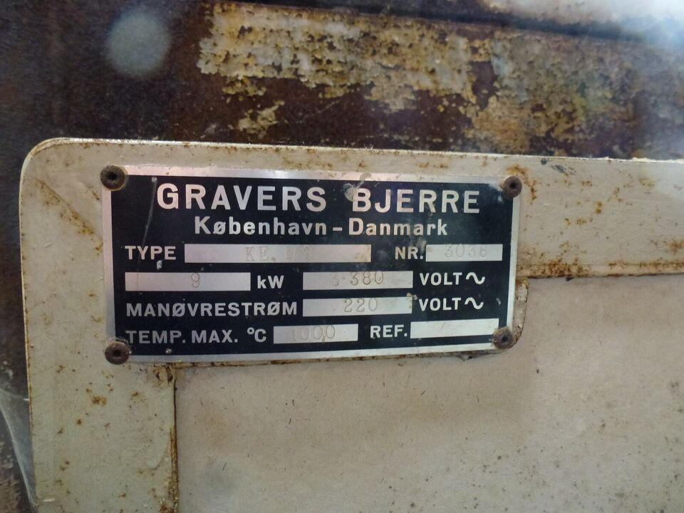 Andet, Graves Bjerre