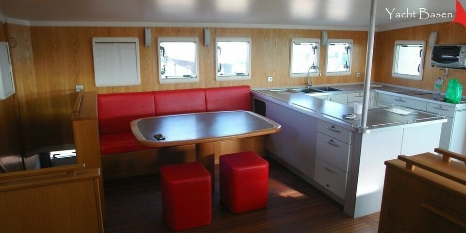 Expedition Power Catamaran, Motorbåd, årg. 2009