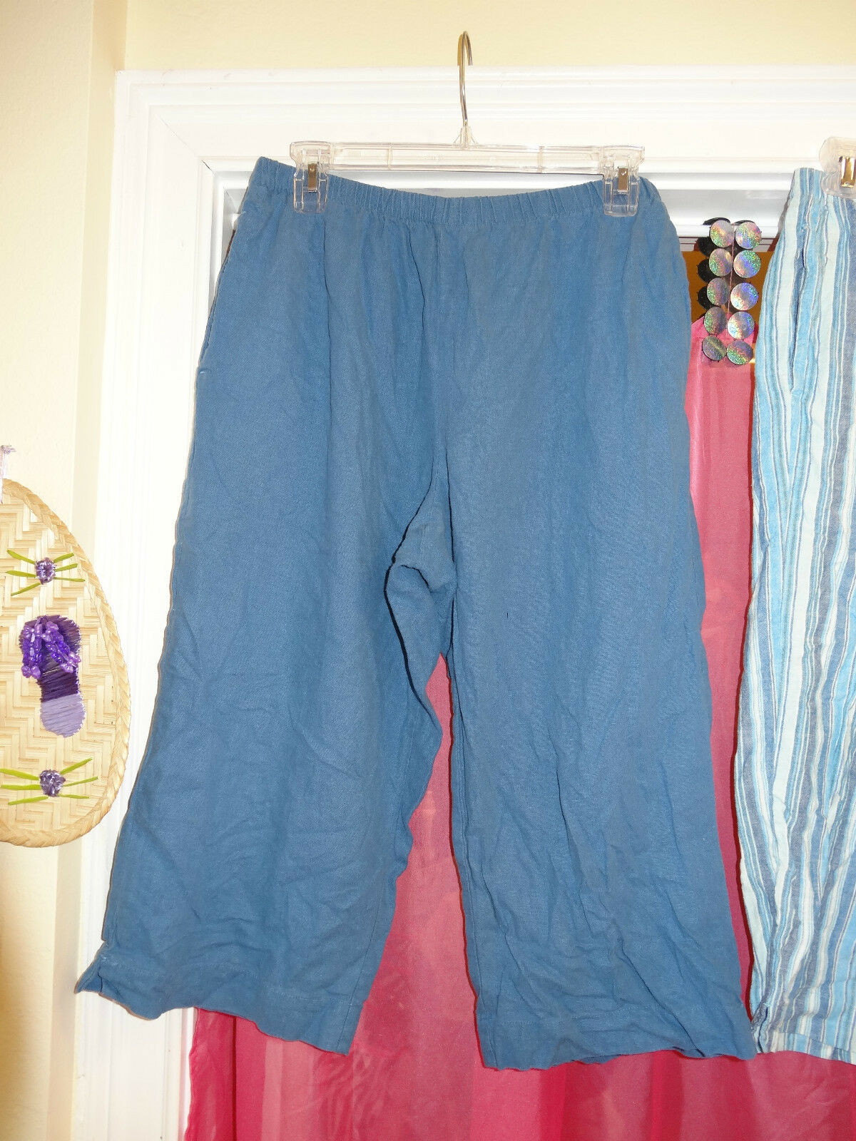 IOS Capri's Capri Cropped Pants bluee Size Petite Large PL