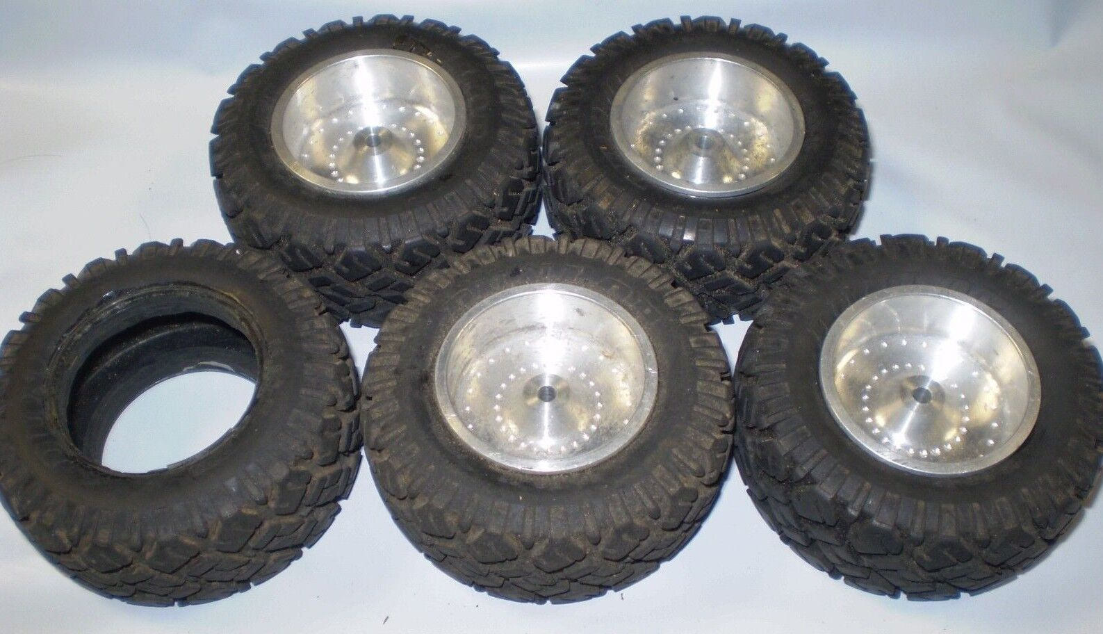 Vintage Aluminum 1.75 Wheels Tires Dunlop 15.50-15 Kyosho Set Of 4