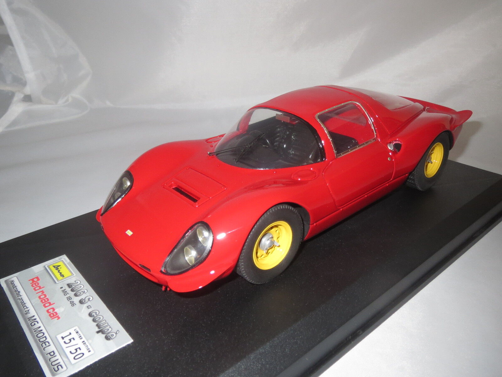 Mg MODEL plus mg1846a Ferrari Dino 206 s-Coupè rouge road car  1966  1 18