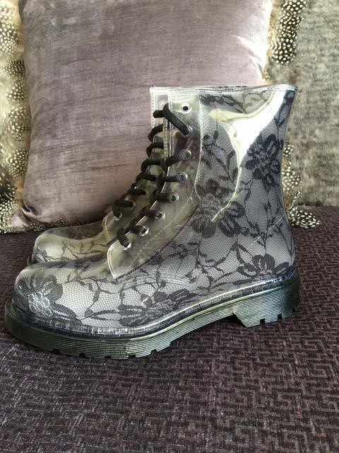 Lace Rain Boots (UK 6.5/EU39) (G:Six Workshop)