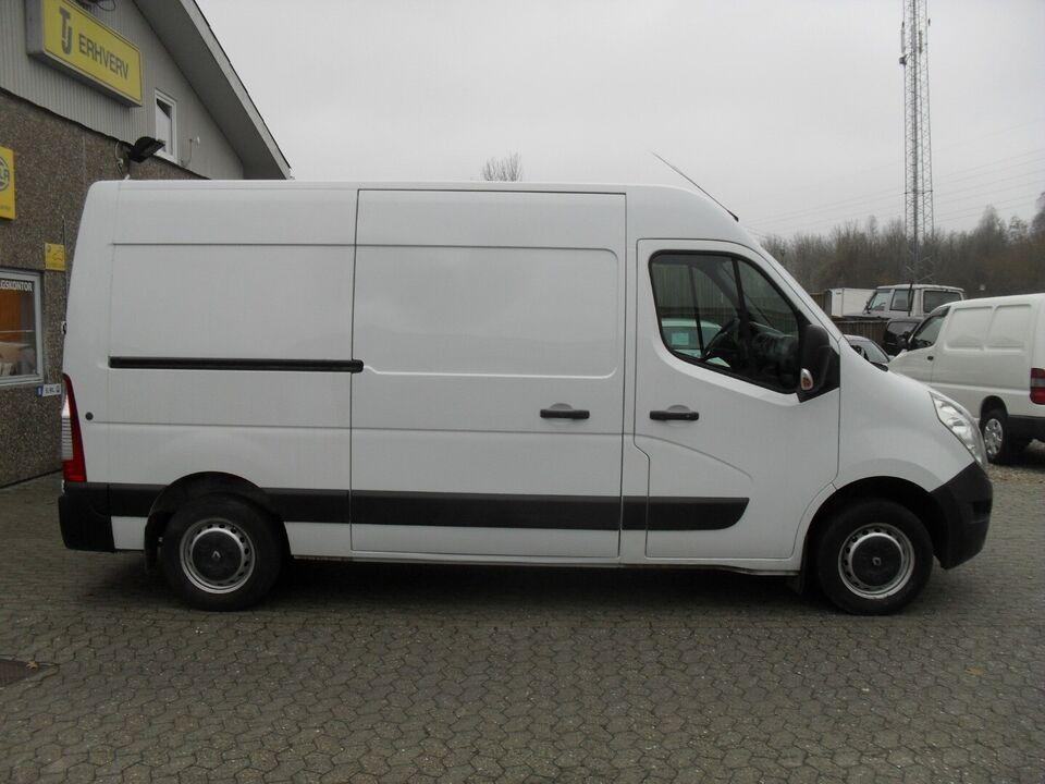 Renault Master III T33 2,3 dCi 135 L2H2 Kassevogn d Diesel