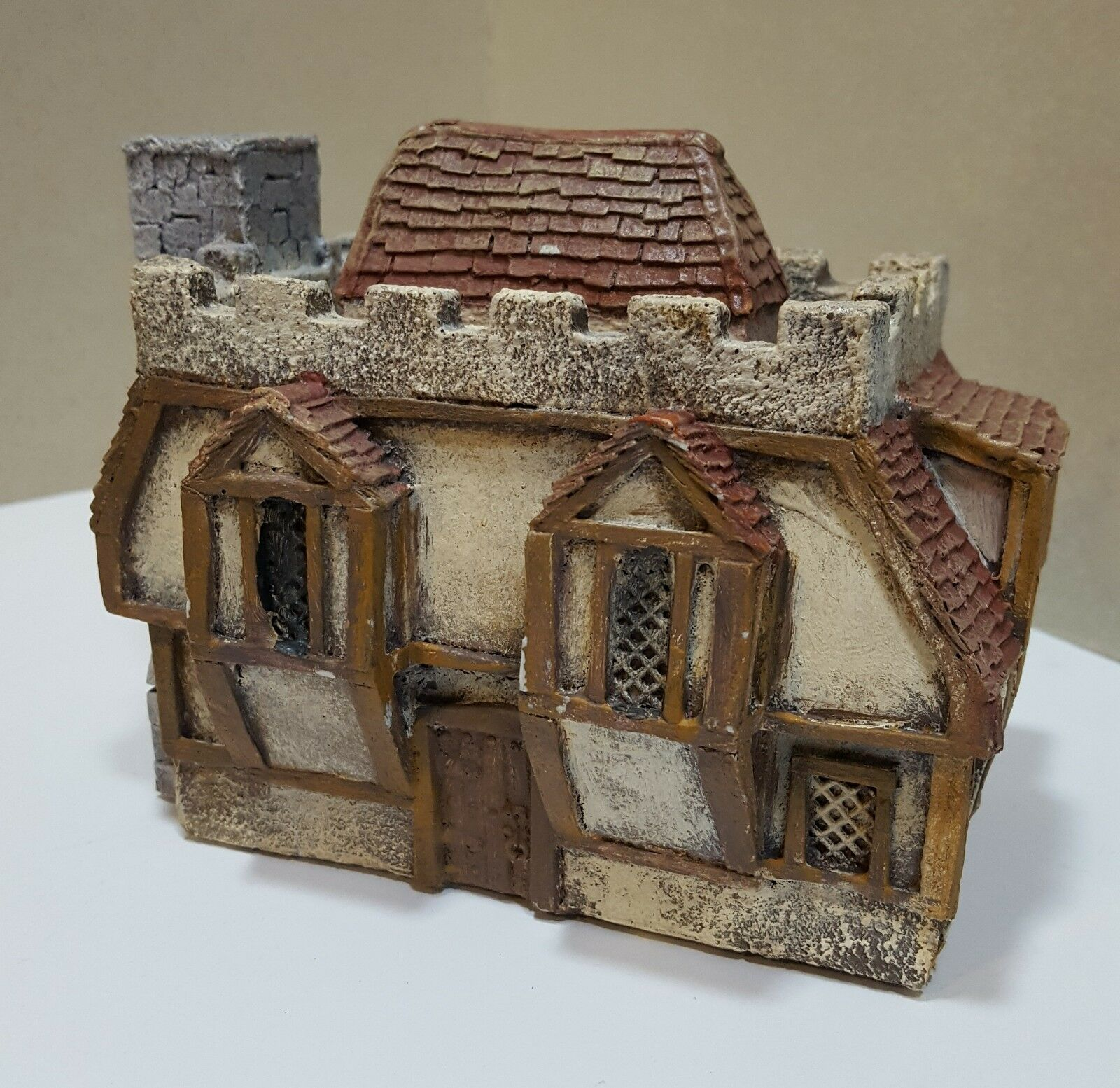 15MM TO 28MM - FANTASY HOUSE 4 - WARGAMES TERRAIN - USED