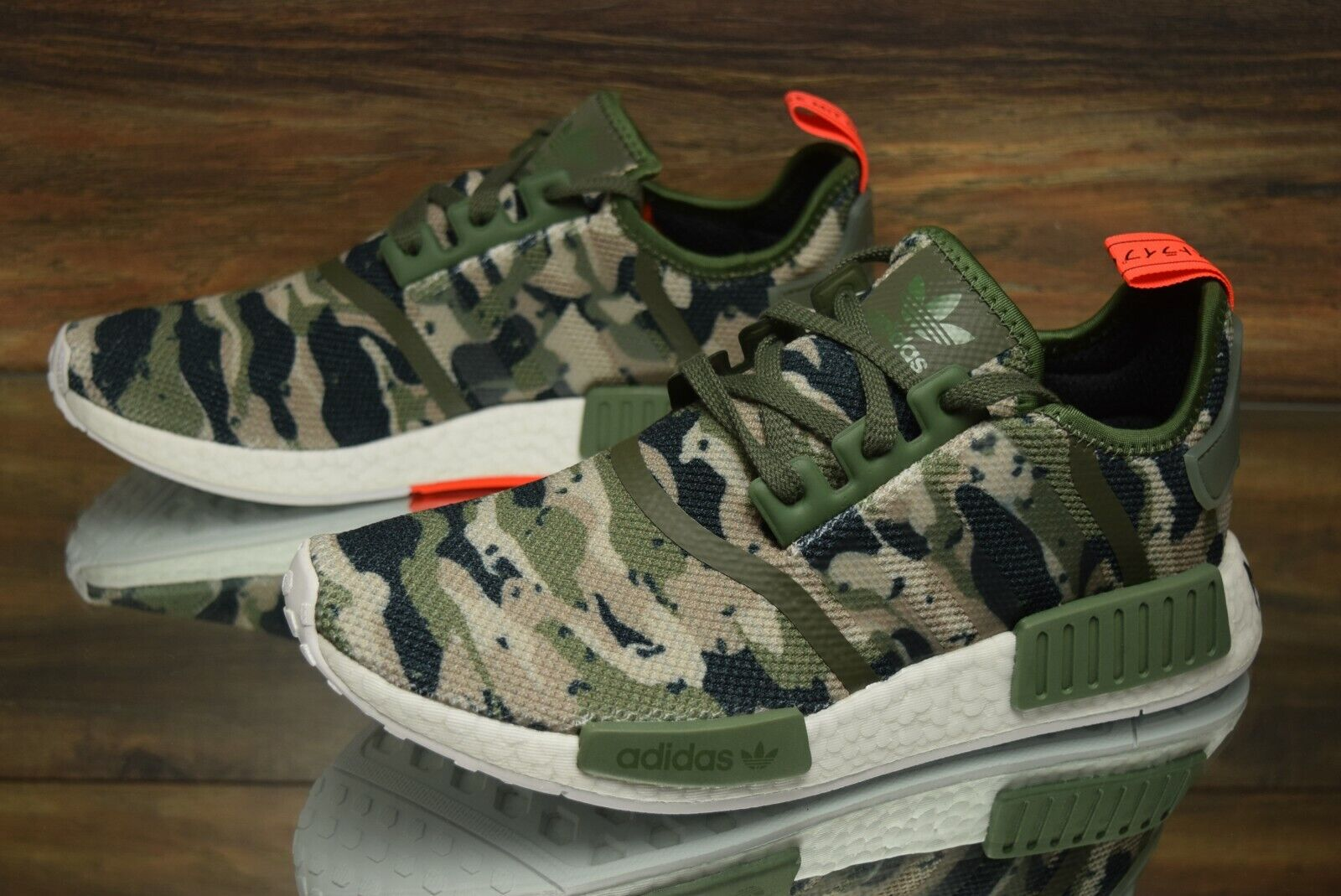 Adidas NMD R1  Camo  G27914 Running shoes Men's Size 9.5 NEW