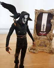 The Crow Eric Draven Figura, Brandon Lee. Mcfarlane Toys Movie Maniacs