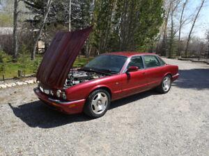 1999 Jaguar XJR V8 supercharged fully loaded