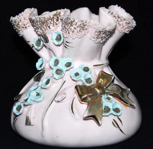 Vintage-Pink-Ruffled-Top-Puffy-Bottom-with-Blue-Flowers-and-Gold-Bow-Vase