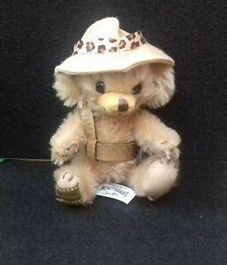 Merrythought-cheeky-Safari-Bear-L-e-no-96-500