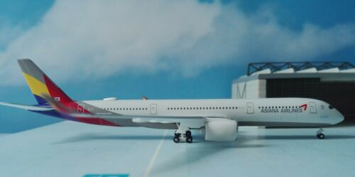 Herpa Wings 1:500 529983 Asiana Airlines Airbus a350-900 XWB-hl8078 *