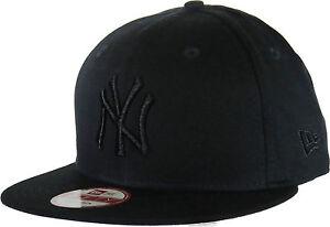 NY Yankees New Era 950 All Black Snapback Baseball Cap + Gift Box  2637e7233e05