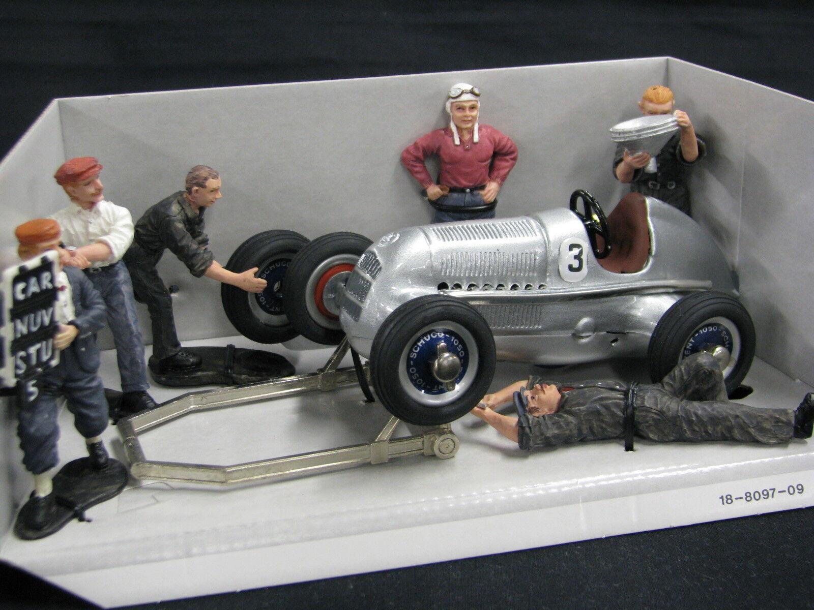 Schuco Mercedes-Benz Studio mit Figures  3 (JS)