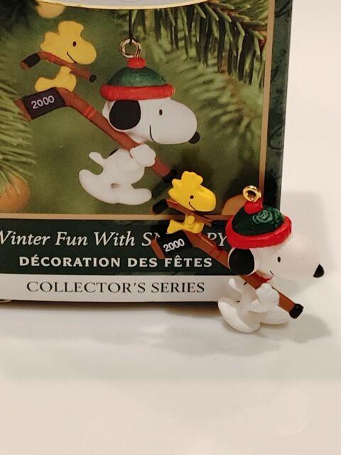 Hallmark Keepsake Christmas Ornament 2000 Winter Fun Snoopy Woodstock Ice Hockey