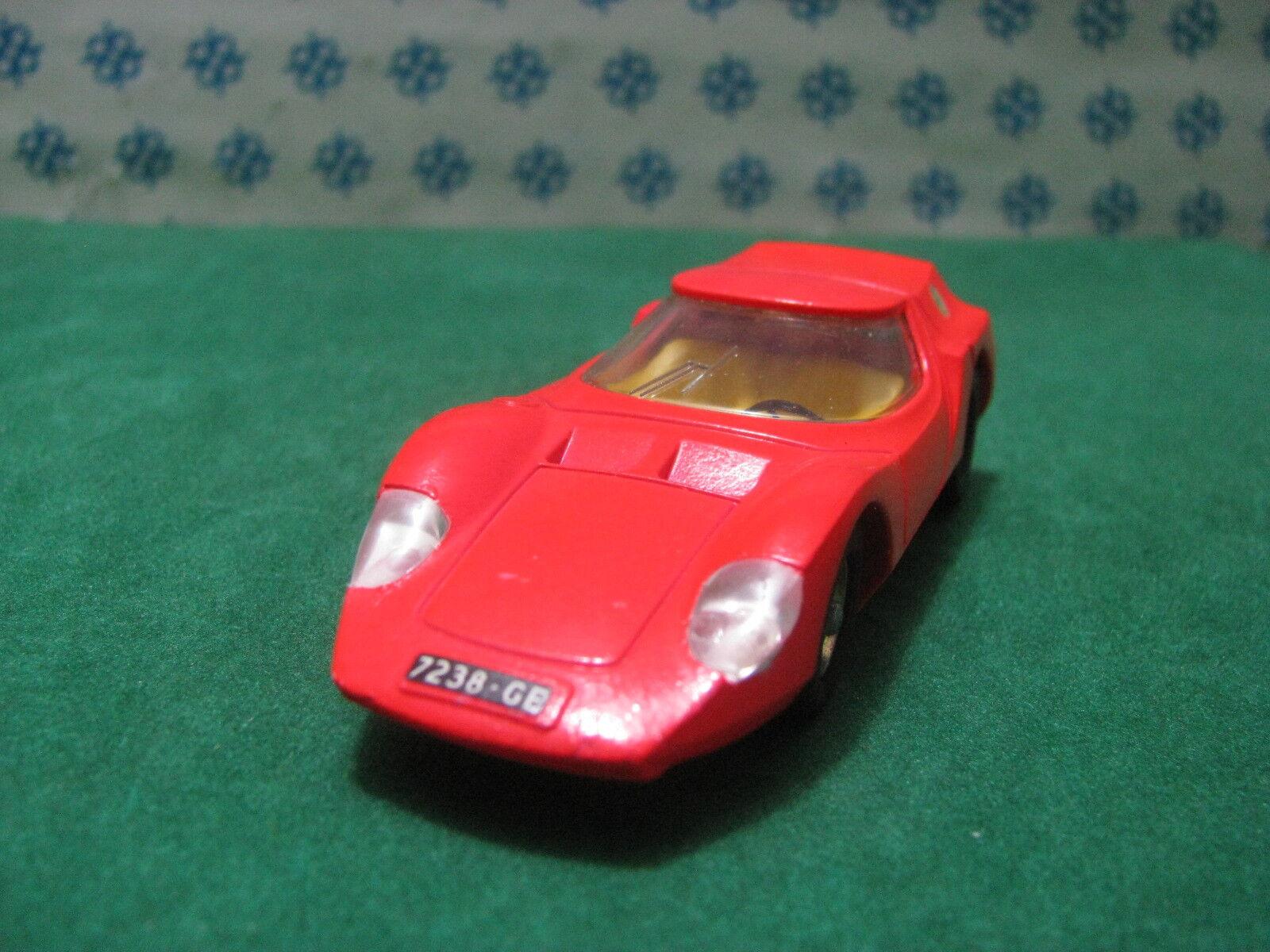 Vintage   -  ALFA ROMEO Osi Scarabeo   - 1 43  Dinky toys 217