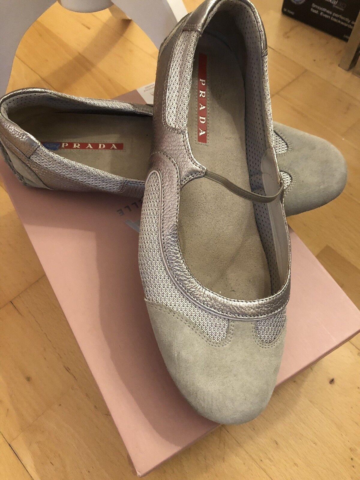 Ladies prada trainers used without box sz 40