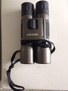 Binoculars  MEADE
