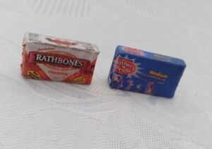 1/12 Scale Mother Pride and Rathbones Bread - Set of 2 for dollshouse miniatures