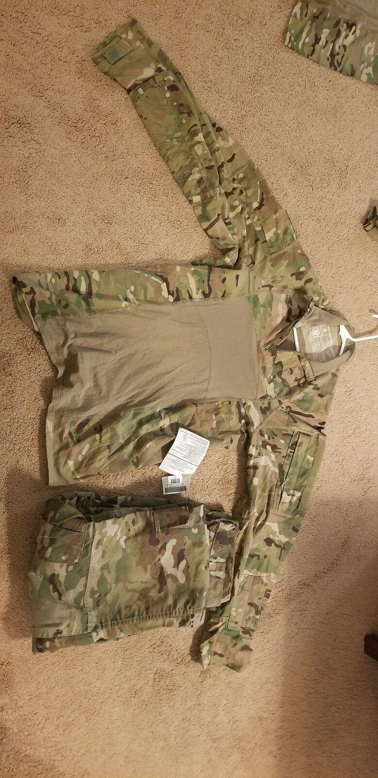Army Combat Shirt W pants