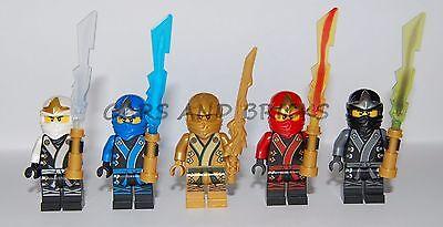 LEGO NINJAGO NINJA COLE JAY KAI ZANE LLOYD GOLD MINIFIGURES W / WEAPONS NEW