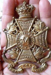 VICTORIAN-34th-Foot-Border-Regiment-Glengarry-Helmet-Badge-QVC-BRASS-Org