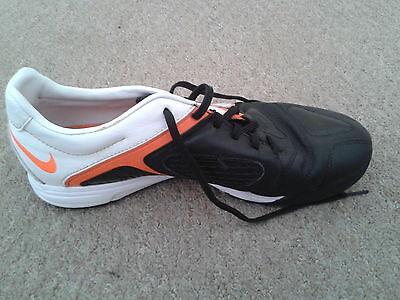 Chico/Hombre Nike Tenis (Negro/Blanco/naranja) - Size UK 7