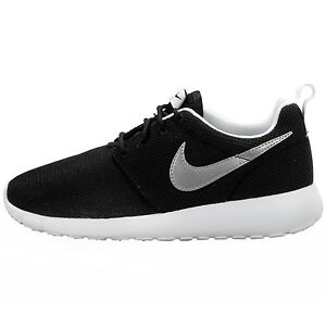 brand new 63614 b4204 Image is loading Nike-Rosherun-Big-Kids-599728-007-Black-Silver-