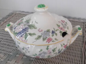 Royal-Doulton-034-Dunbar-034-Large-Tureen-with-Lid-9-1-2-034-D5508