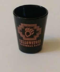 Yellowstone-National-Park-2-25-034-Collectible-Shot-Glass-3-3