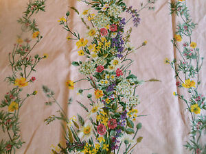 Vintage-Retro-French-Wild-Flower-Floral-Cotton-Fabric-Yellow-Lavender-on-Pink