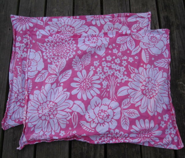 Pottery Barn Kids Metairie: Pottery Barn Kids Bright Pink Floral PILLOWCASE PAIR