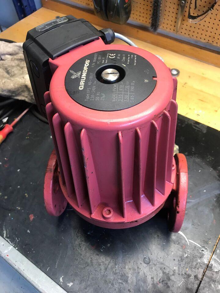 Cirkulations pumpe , UPS40-180/F