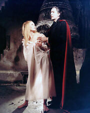 VERONICA CARLSON & CHRISTOPHER LEE UNSIGNED PHOTO - 4083