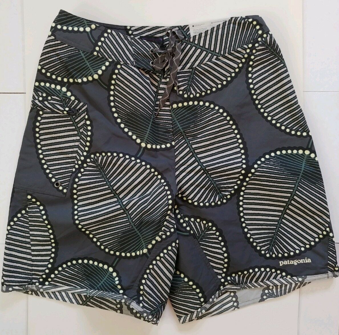 CYBER MONDAY 32% OFF Patagonia Paddler Board Shorts Size 29
