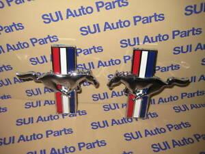 2000-2004 Ford Mustang RH /& LH Side Front Fender Horse Bar Emblem OEM NEW