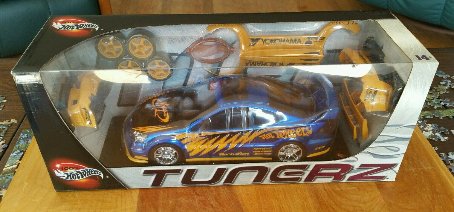 Hot Wheels Tunerz 1 18 Acura RSX