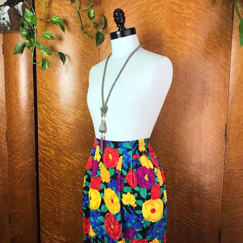 SPRING FLORALS 1980's 80s Vintage Pinup Floral Fl… - image 8