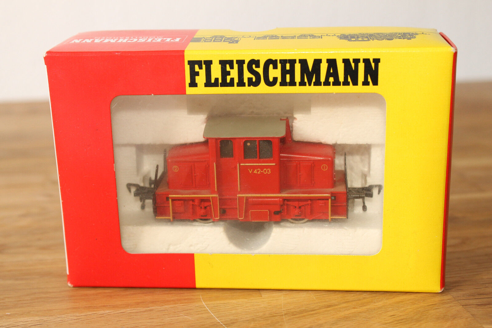 H0 Fleischmann Fleischmann Fleischmann 4203 Rangier Diesellok V42 03 OVP  | Zuverlässige Qualität  3ed0b9