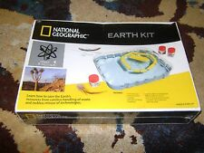 NATIONAL GEOGRAPHIC Earth Kit SCIENCE TOY Brand NEW Sealed 2002 SCIENCE