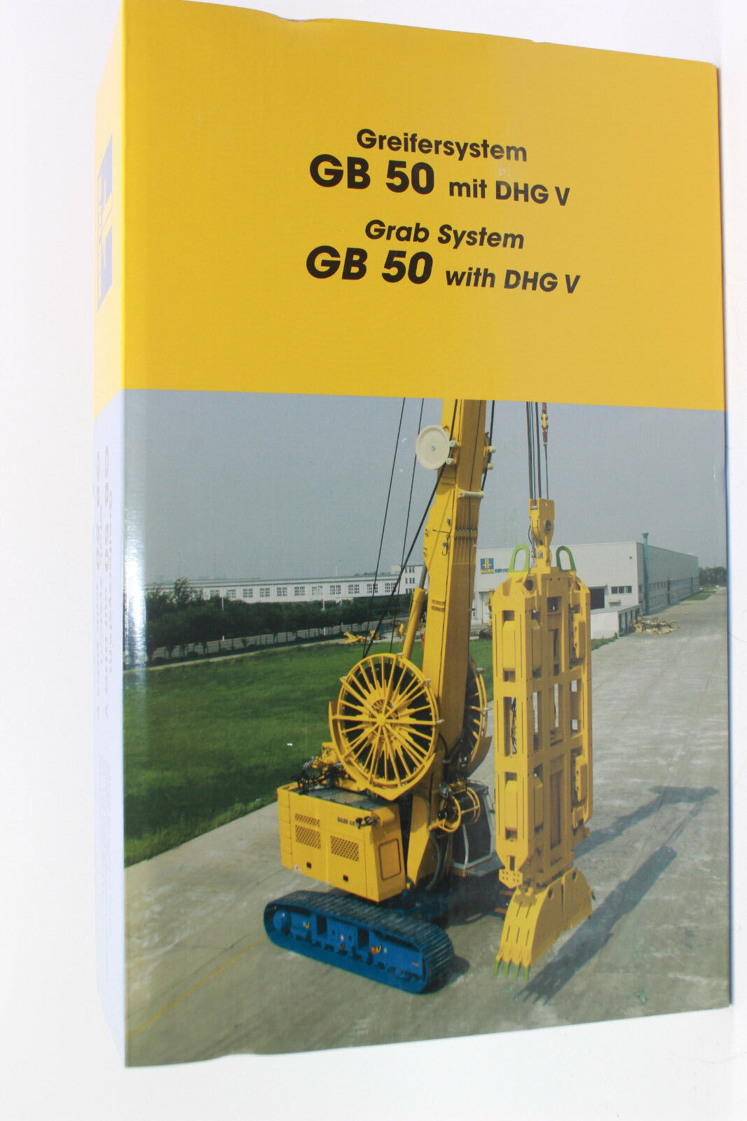 Bymo 2530 01 Bauer Gb 50 with Diaphragm Wall Grab Dhg V 1 50 New Boxed