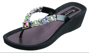 Grandco 26743E Butterfly Wedge Thong Black Sandal 10