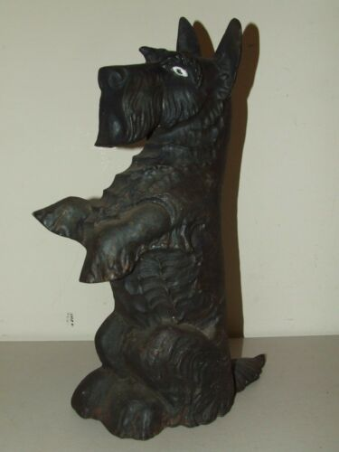 1930's Cast Iron Scotty Dog Large Figural Scottish Terrier Door Stop wGlass Eye