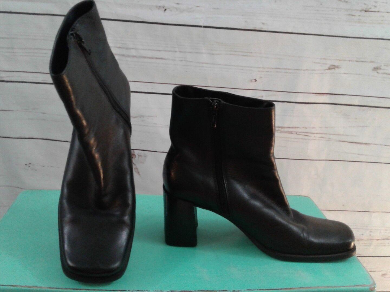 CAPEZIO Ariel Women's 6M Black Leather High Block Heels Ankle Boots side zip