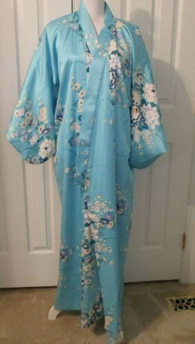 JAPANESE KIMONO TURQUOISE WITH MULTICOLORED FLOWER