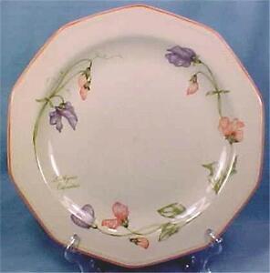 Churchill-England-Secret-Garden-Dinner-Plate-Lathyrus-Oderatus