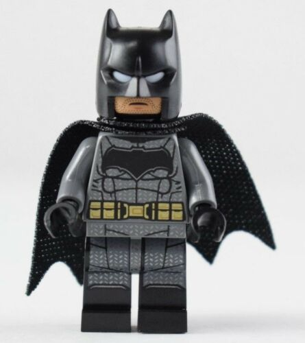 LEGO DC Comics Batman Minifigure Minifig 100/% Authentic LEGO 76086 SH437