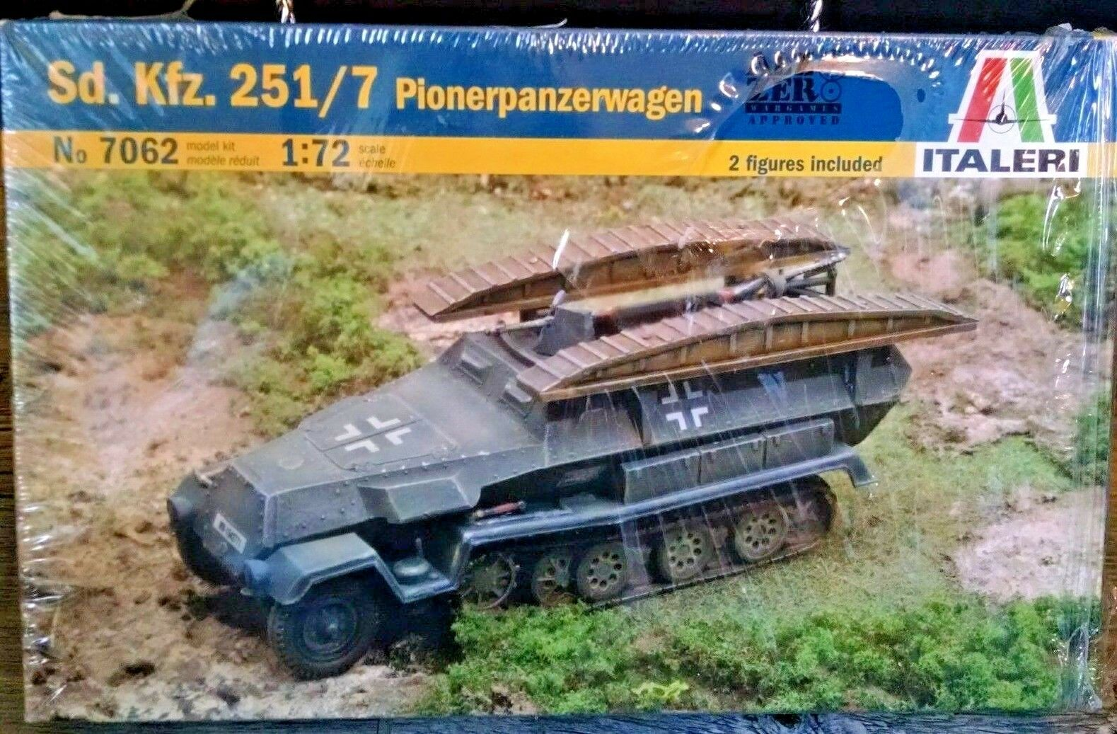 Italeri 1//72 7062 WWII German Sd.Kfz.251//7 Pionerpanzerwagen Half-Track