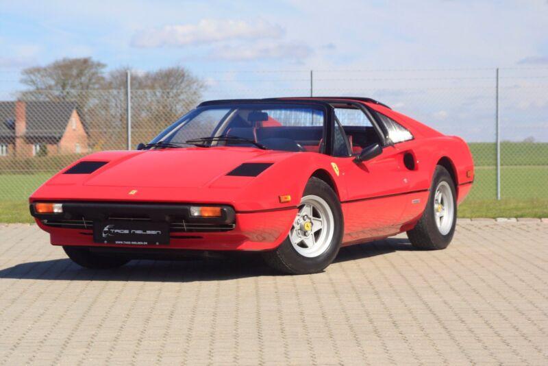 Ferrari 308 GTS - 1