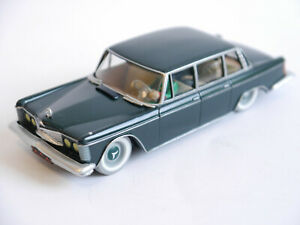 Metall Modellauto 1:43 Tim und Struppi Tintin Collection Taxi Checker Atlas