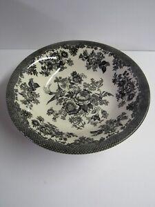 "Royal Stafford Asiatic Pheasant 10 1/2"" Black And White Serving Bowl"