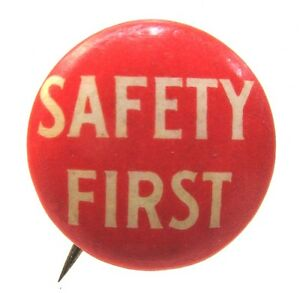 1940-039-s-WWII-small-SAFETY-FIRST-TURNER-MINE-SUPPLIES-pinback-button-Home-Front